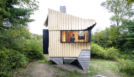 3D-Printed Eco-House From Waste Wood